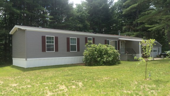 40 Pinehaven Street, Saco, Maine 04072