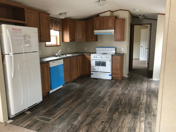 Maine Mobile Home For Sale At 21 Terry Drive Sanford Me 04073