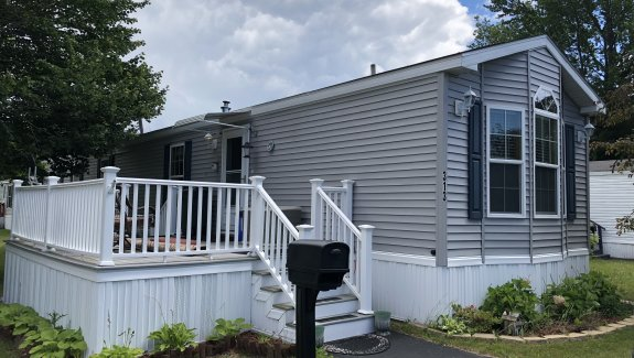 313 Garnet Dr. Pinecrest park Scarborough/South Portland Line