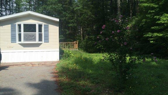 14 Donna Lane, Tanglewood MH Park, Hollis Center, Maine 04042