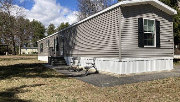 19 Clayton Drive, Blue Haven Park, Saco, Maine 04072