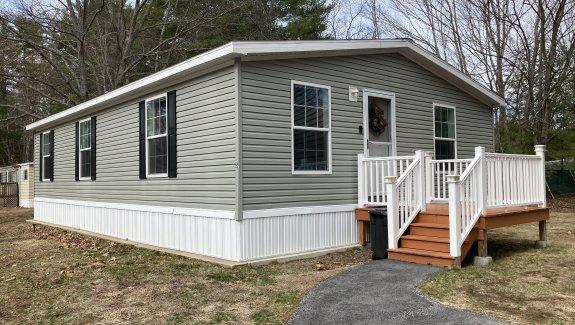 52 Willow Drive, Pinewood Park, Sanford, Maine 04073