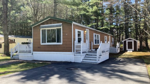 5 Willow Haven Street, Blue Haven Park, Saco, Maine