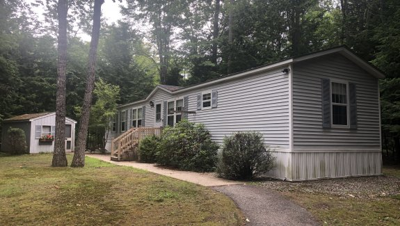 20 Carroll Ave Standish Maine 04084