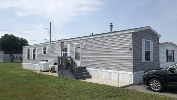 14 Circus Place Linnhaven Park Brunswick Maine 04011